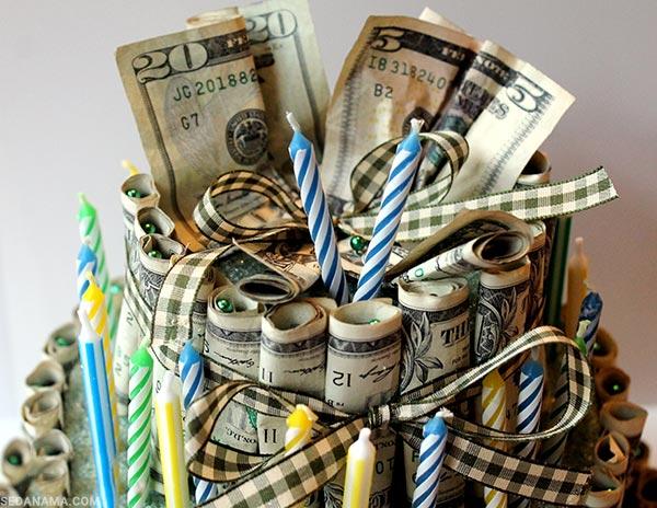 تقدیم پول برای هدیه تولد